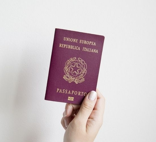 passaporto-rinnovo-veloce-italia
